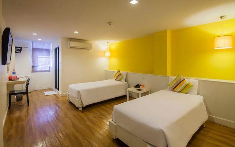 First House Bangkok : Modern Superior Twin